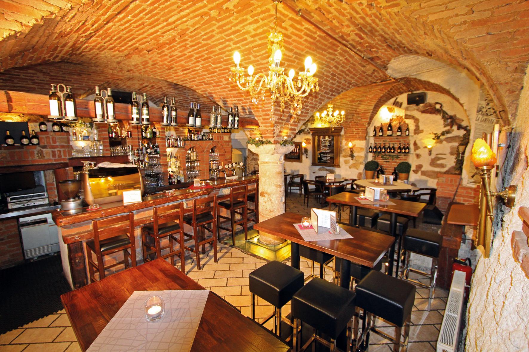 Rathaus Vinarium Wein-Gin-Rum-Whisky-Bar